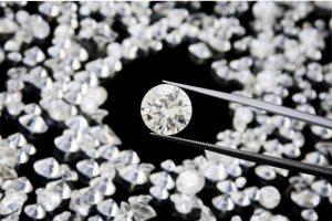 رنگ الماس در جواهرات