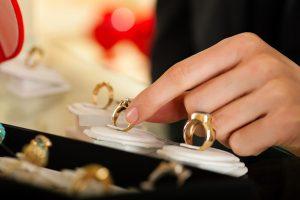 انتخاب سایز طلا و جواهر