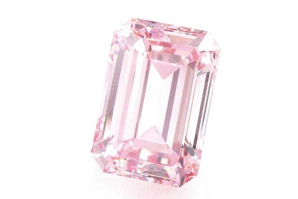 الماس صورتی Perfect