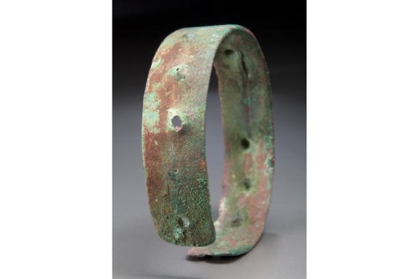 تاریخچه استفاده از انواع دستبند طلا