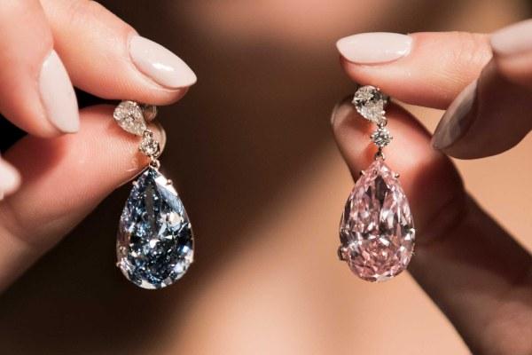 گوشواره الماس آبی و صورتی