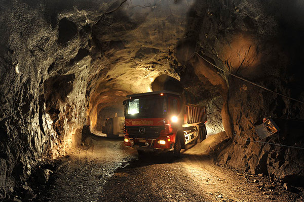 استخراج زیر زمینی طلا