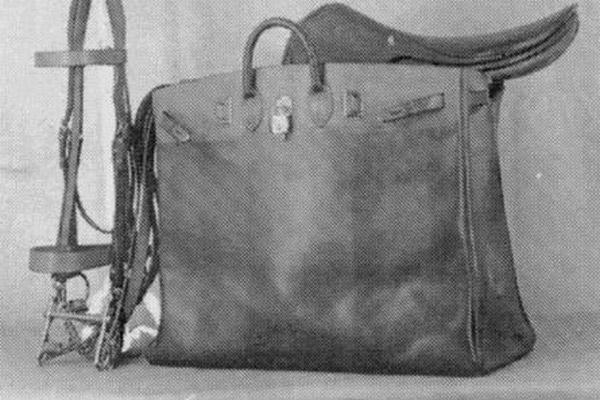 اولین کیف هرمس