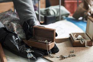 راه های مخفی کردن طلا در خانه