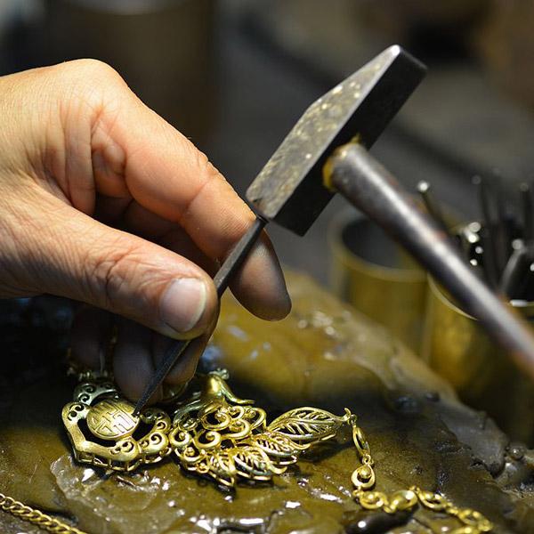 طلای دست ساز
