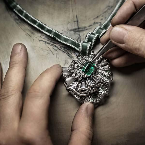 مشهورترین کمپانی های طراحی جواهر